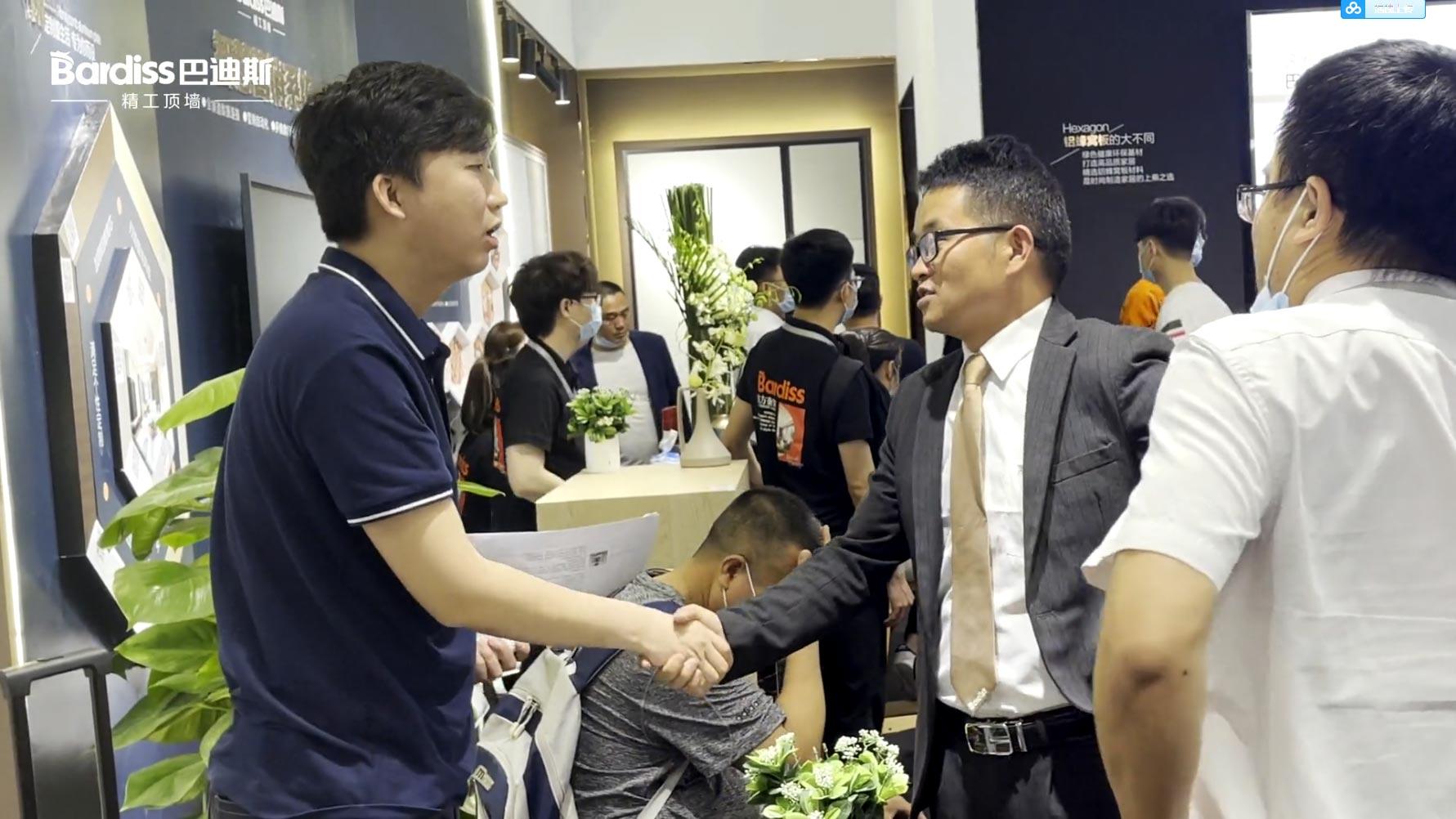 广州定制家居展-27日现场签单盛况